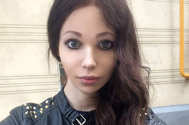 singer asian girl personals Type of dating site: asian, indian, uk, long-term relationships year  however, you'll notice very quickly most of the members are female and phillipino .