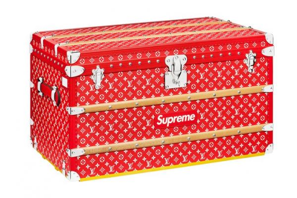 Supreme x Louis Vuitton MALLE COURRIER 90 台幣 2,280,000 元。翻攝網路