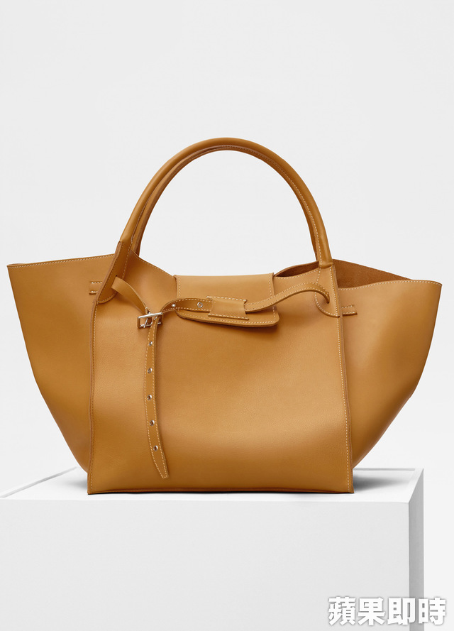 CELINE Big Bag中型尺寸。