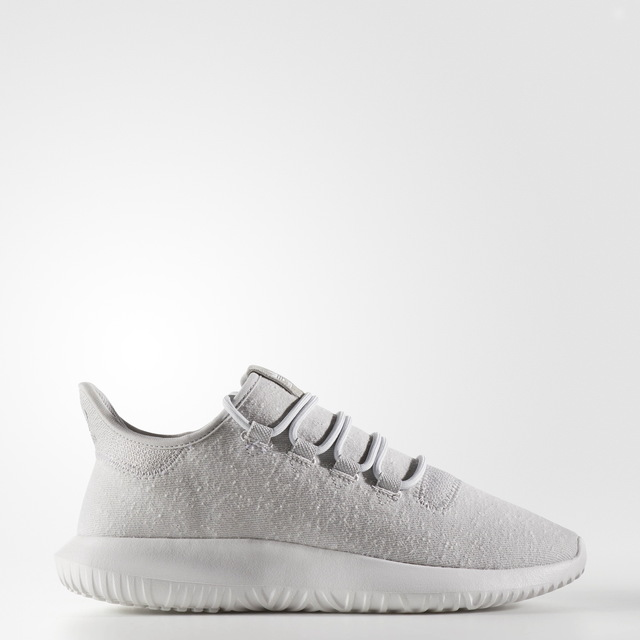 adidas Originals TUBULAR SHADOW 鞋款,3890元。品牌提供