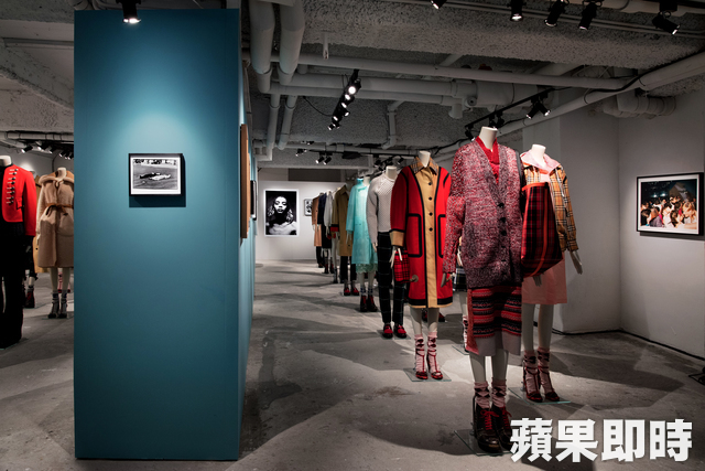BURBERRY香港「Here We Are」攝影展。
