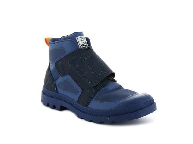 PAMPA RECROW KNIT ENSIGN BLUE靴款,4980元。品牌提供