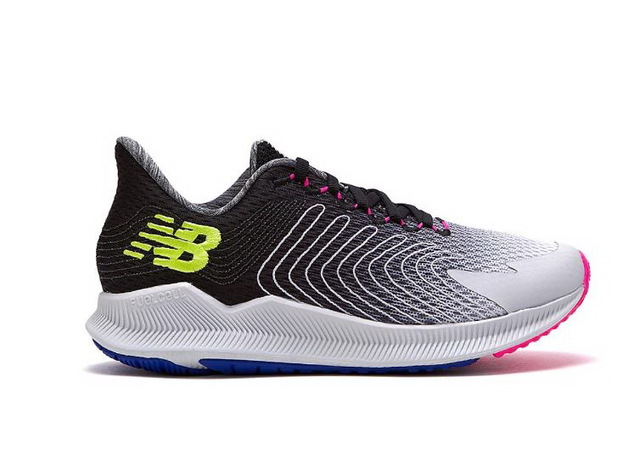 New Balance FuelCell Propel3650