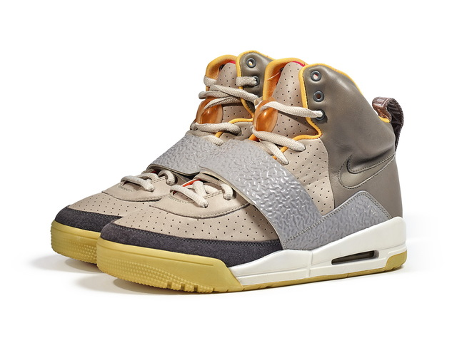 Nike Air Yeezys in Zen GreyNeon357000