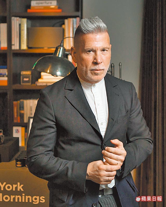 56Nick Wooster