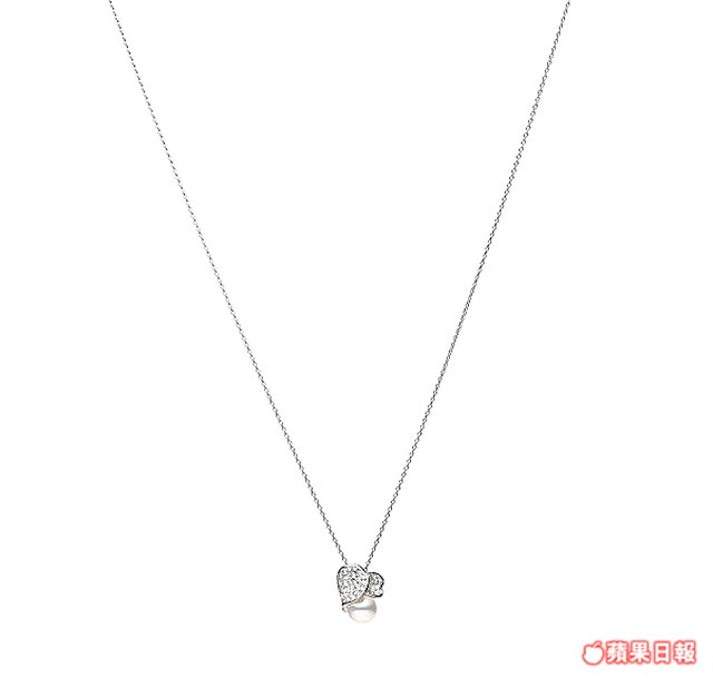 MIKIMOTO Petales Collection Les Petales Place Vendome日本Akoya珍珠玫瑰花瓣鑽石墜鍊。<BR>15萬8000元